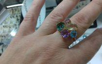 Ювелирные украшения и бирки: как расшифровать информацию о драгоценном камне