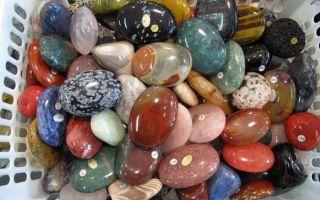 Камни сентября: какие они, кому подходят, талисманы