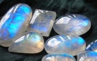 Лунный камень: что это за минерал, где добывается, описание, разновидности, свойства