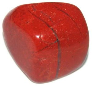Камень яшма-кровавик