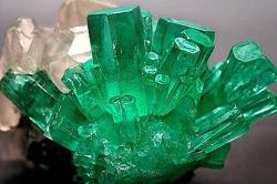 Зеленый хрусталь фото
