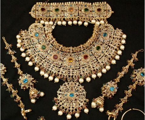 антикварные ювелирные украшения